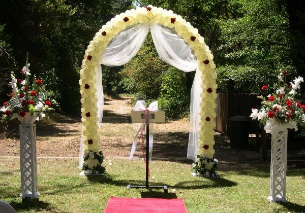 homemade wedding arches